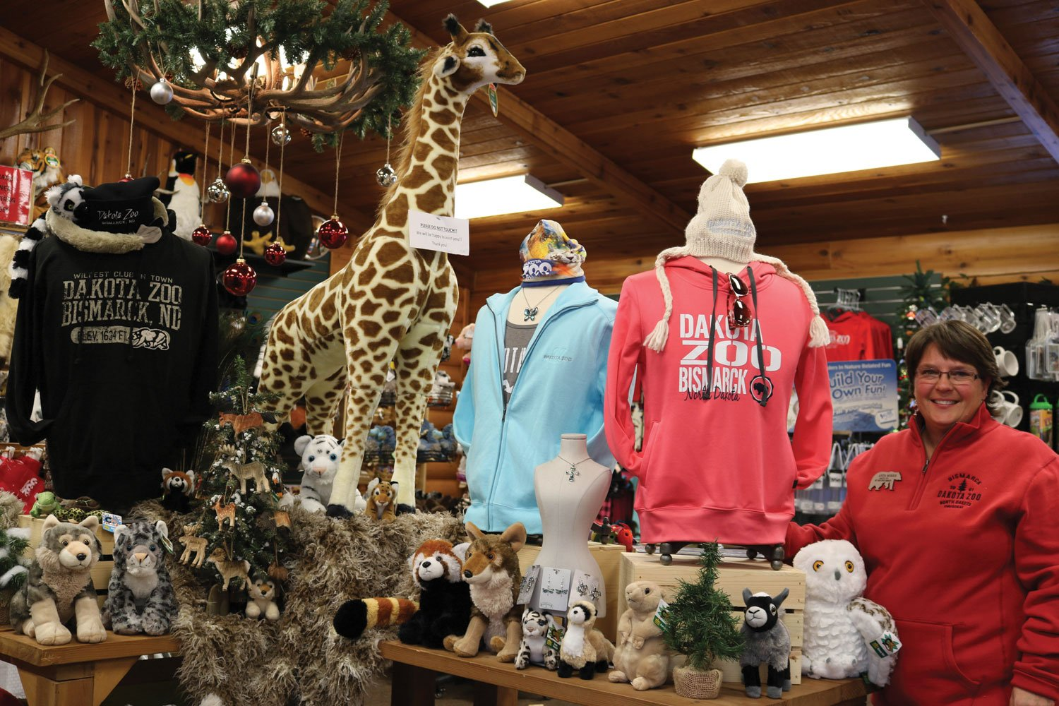 Sales on the Up and Up <br>Selling Apparel at Zoo and Aquarium Gift Shops