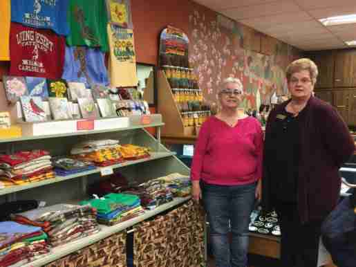 Gift Store Clerk Jane Bujac and Barbara Safley, gift store manager, of the Living Desert Zoo and Gardens State Park in Carlsbad, N.M. Safley recommended not overwhelming customers with too much color or choice.