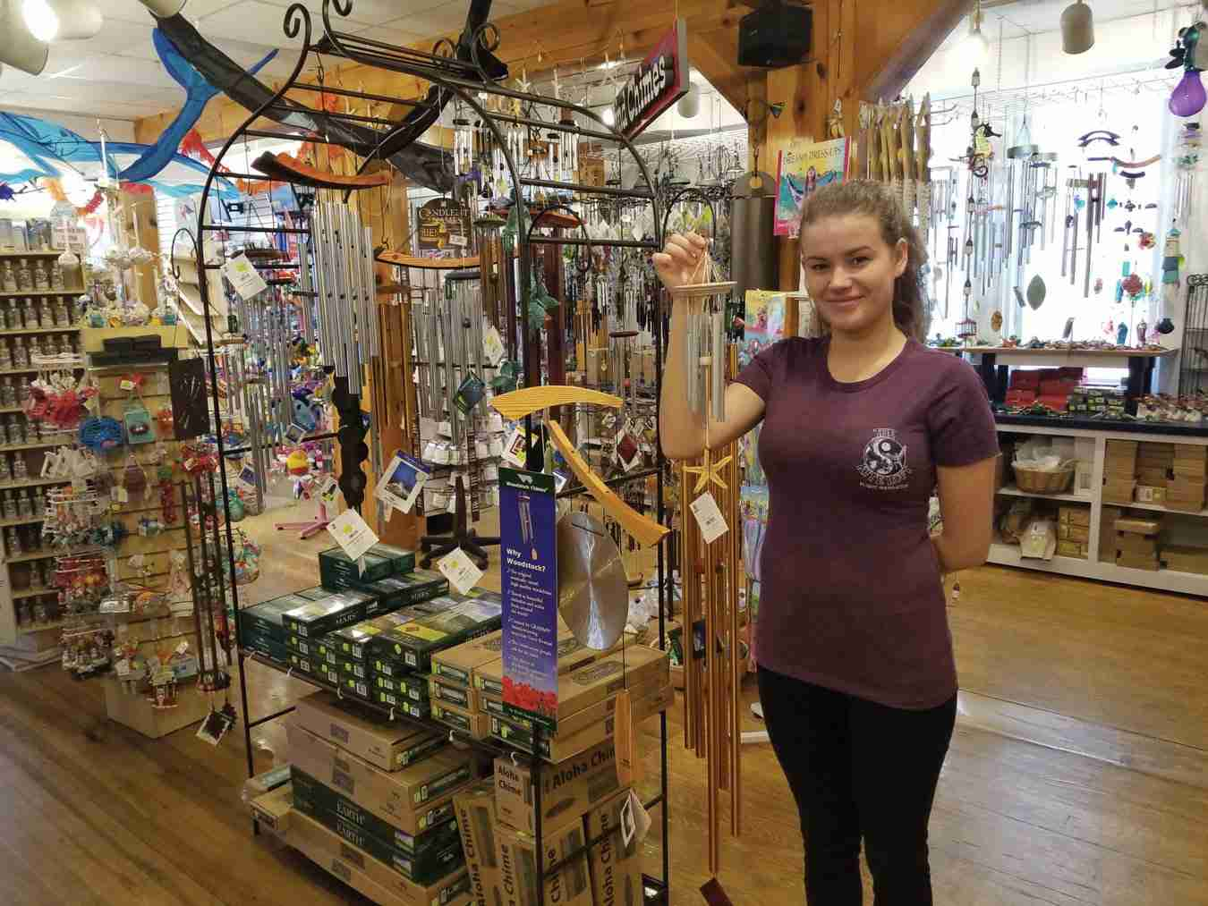 Sales that Fly High <br>  Selling More Wind Chimes, Flags and Banners