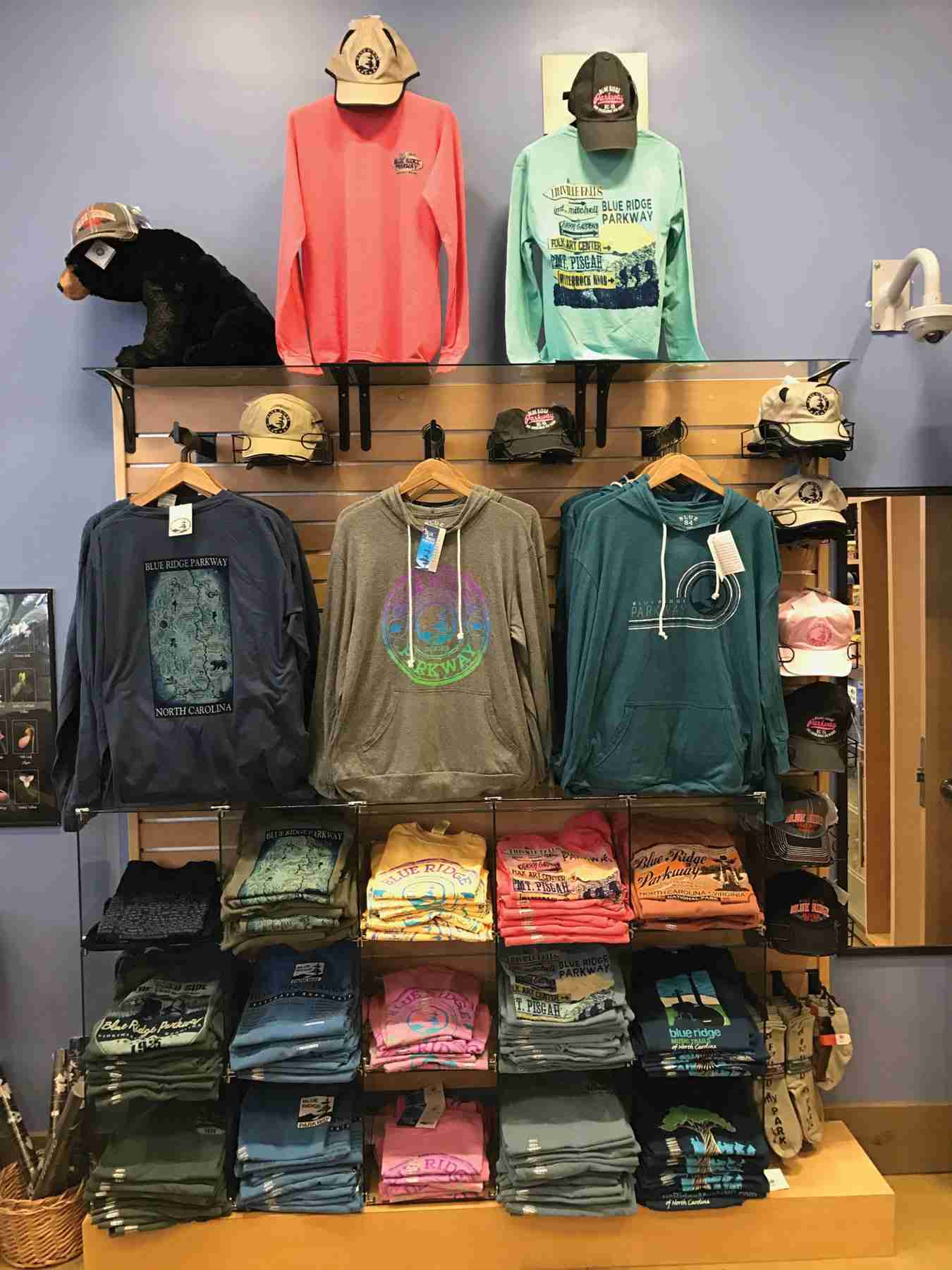 T-Shirts on the Go<br>  The Stories of How Two Gift Shops on Public Lands Sell Tees