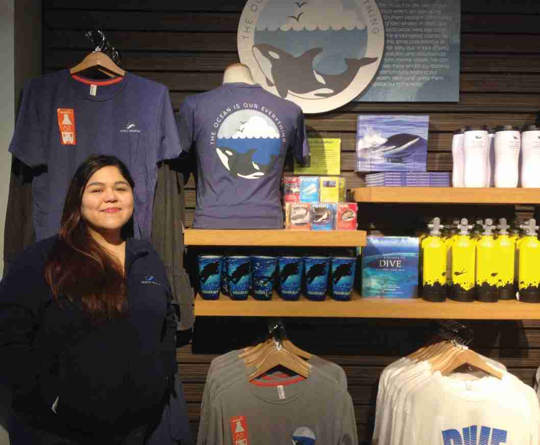 Name-Dropped Merchandise at Zoos and Aquariums