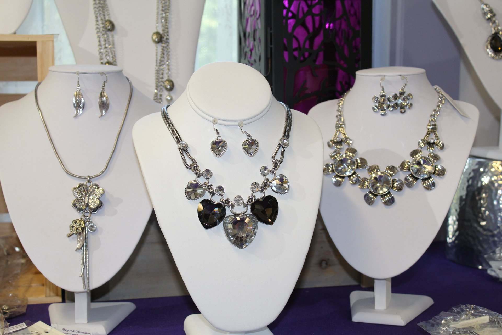 Selling More Jewelry and Gifts at Jewelry Stores and Boutiques