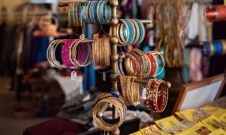 How Jewelry Stores Reach Out  to Their Communities