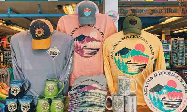 Riding a Wave of T-shirt Sales<br> T-shirts and Sweatshirts at Beach Shops